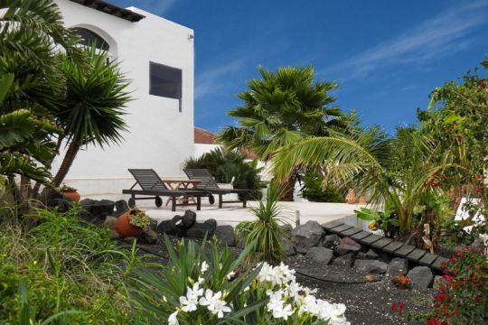 Amazing Property with views of Famara and Soo