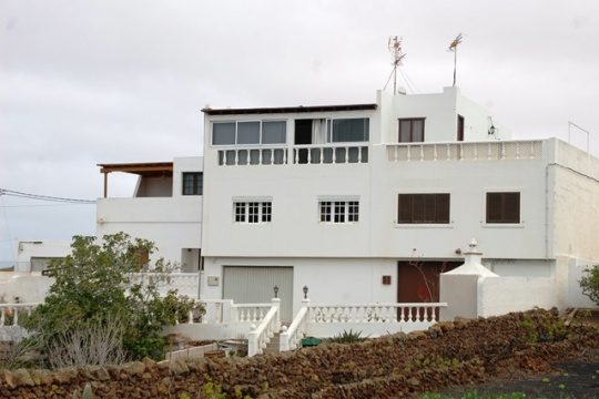 Four Bedroom House in Tiagua