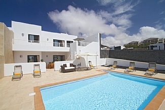 Five Bedroom Villa in Playa Blanca