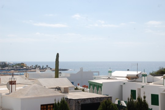 Large One Bedroom Apartment With Sea Views